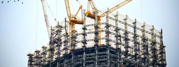 Wady fizyczne budynku – okres ochrony rękojmią a odpowiedzialność dewelopera na zasadach ogólnych